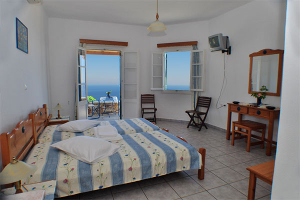 The apartments Spithas in Artemonas with fantastic view