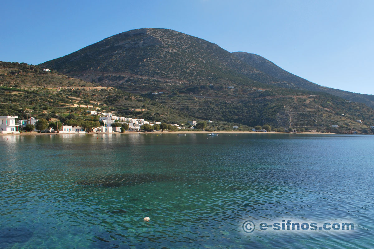 The central beach of Vathi in Sifnos, as seen from the sea