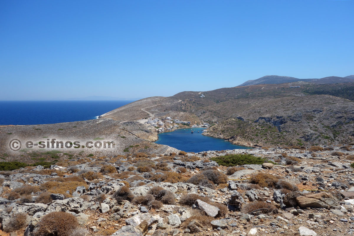 The well protected from the weather gulf of Cheronissos at Sifnos