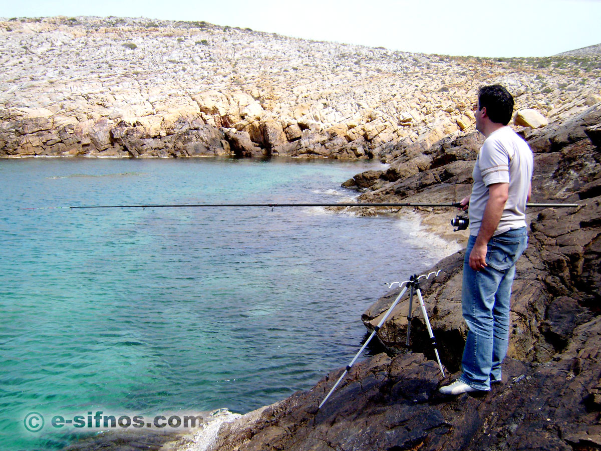 Coastal fishing in Sifnos