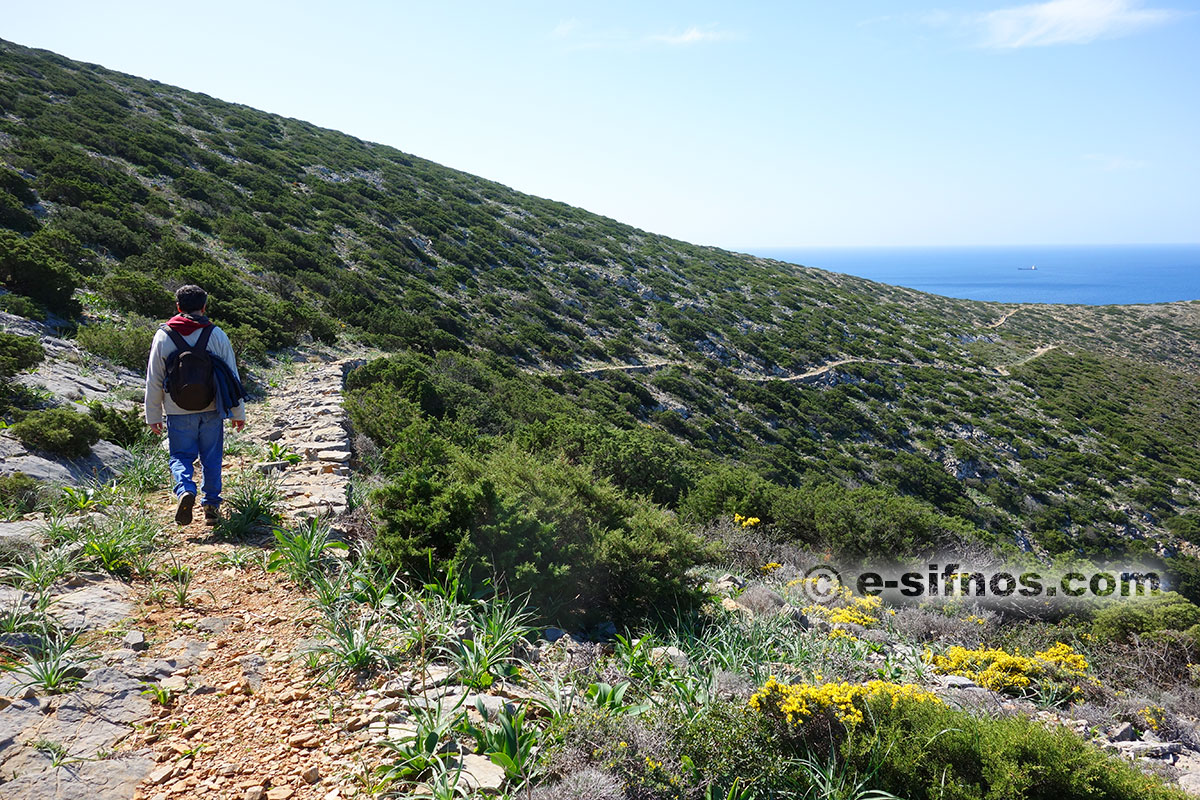 The trail that leads to the chapel of Ai Nikolas in Cheronissos