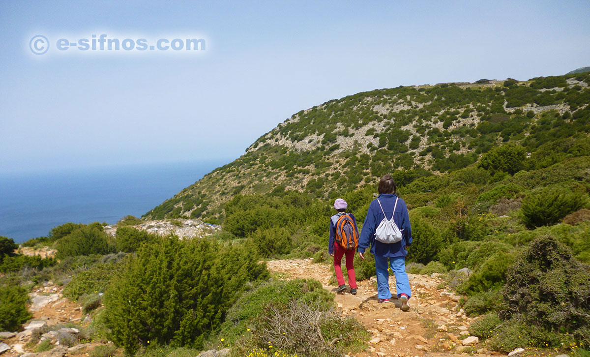 The trail that lead to Vathi in Sifnos