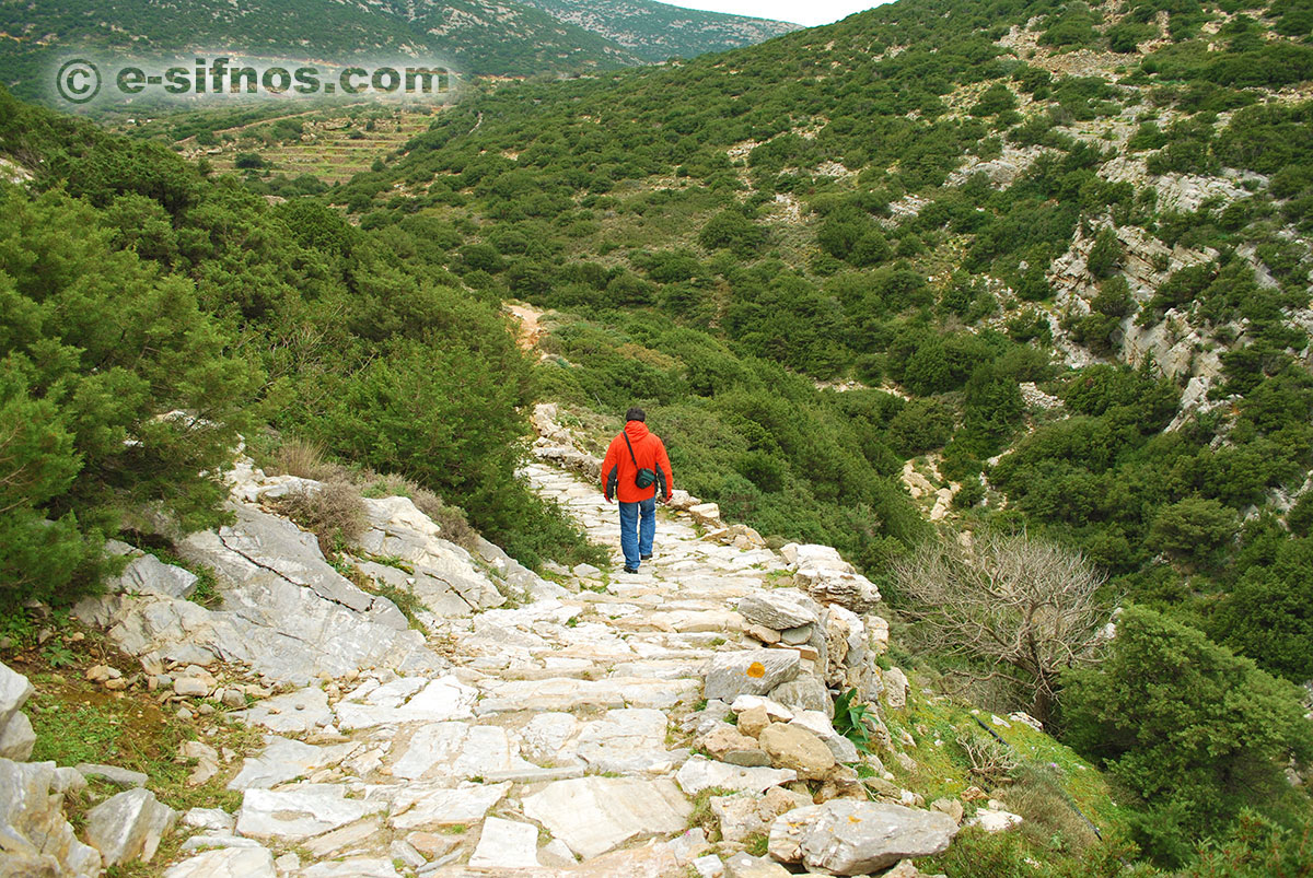 Trail in the Natura 2000 area of Sifnos